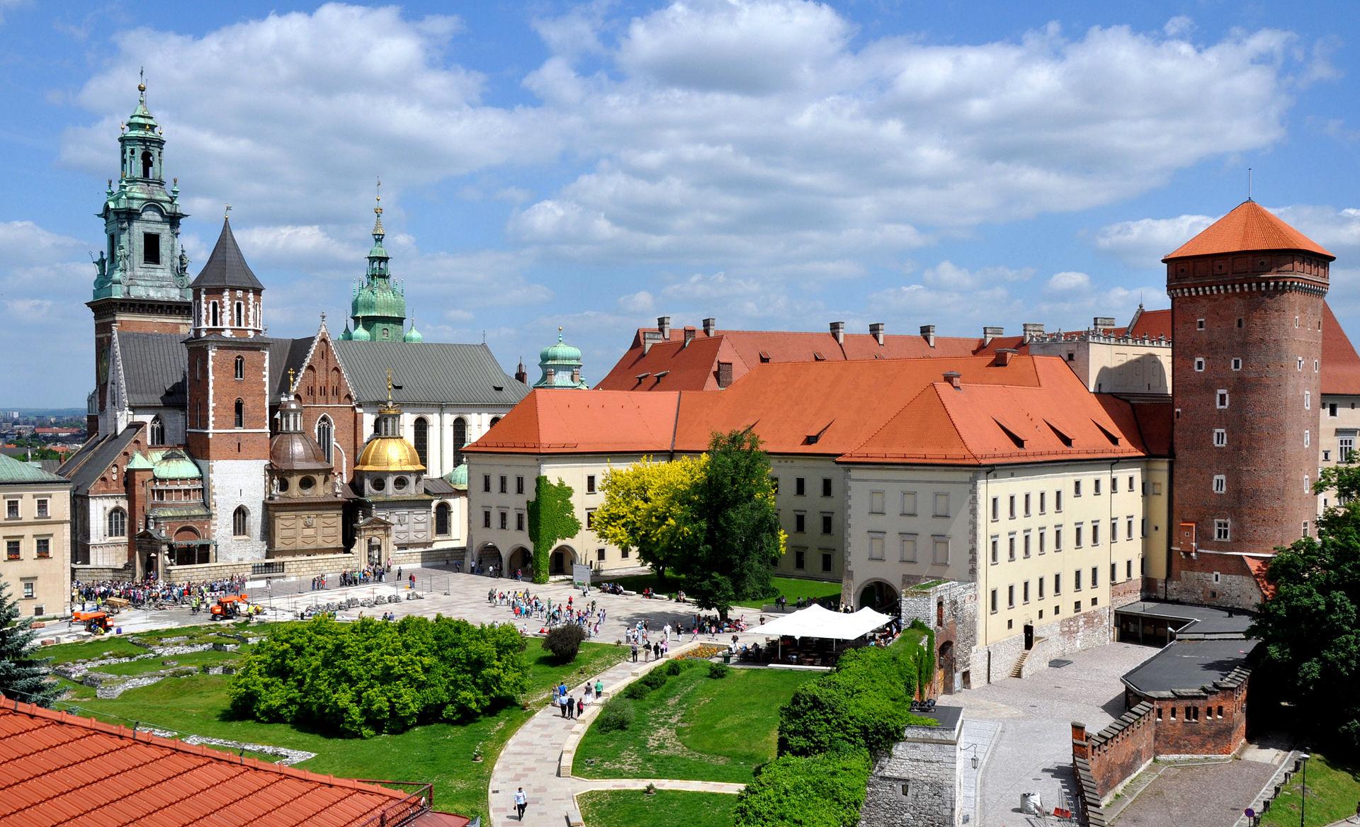 Wycieczka do Zamku Królewskiego na Wawelu