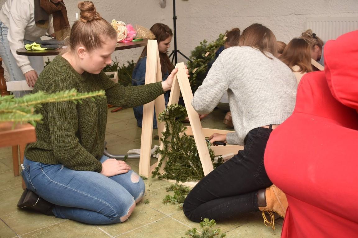 Warsztaty stroików bożonarodzeniowych